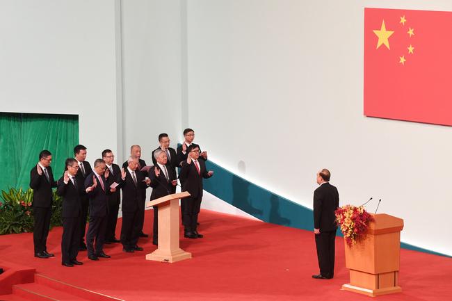 Ho Iat Seng tomou posse perante Xi Jinping